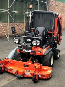 Used KUBOTA F3890 Diesel Out Front Mower with GCD900 Collector